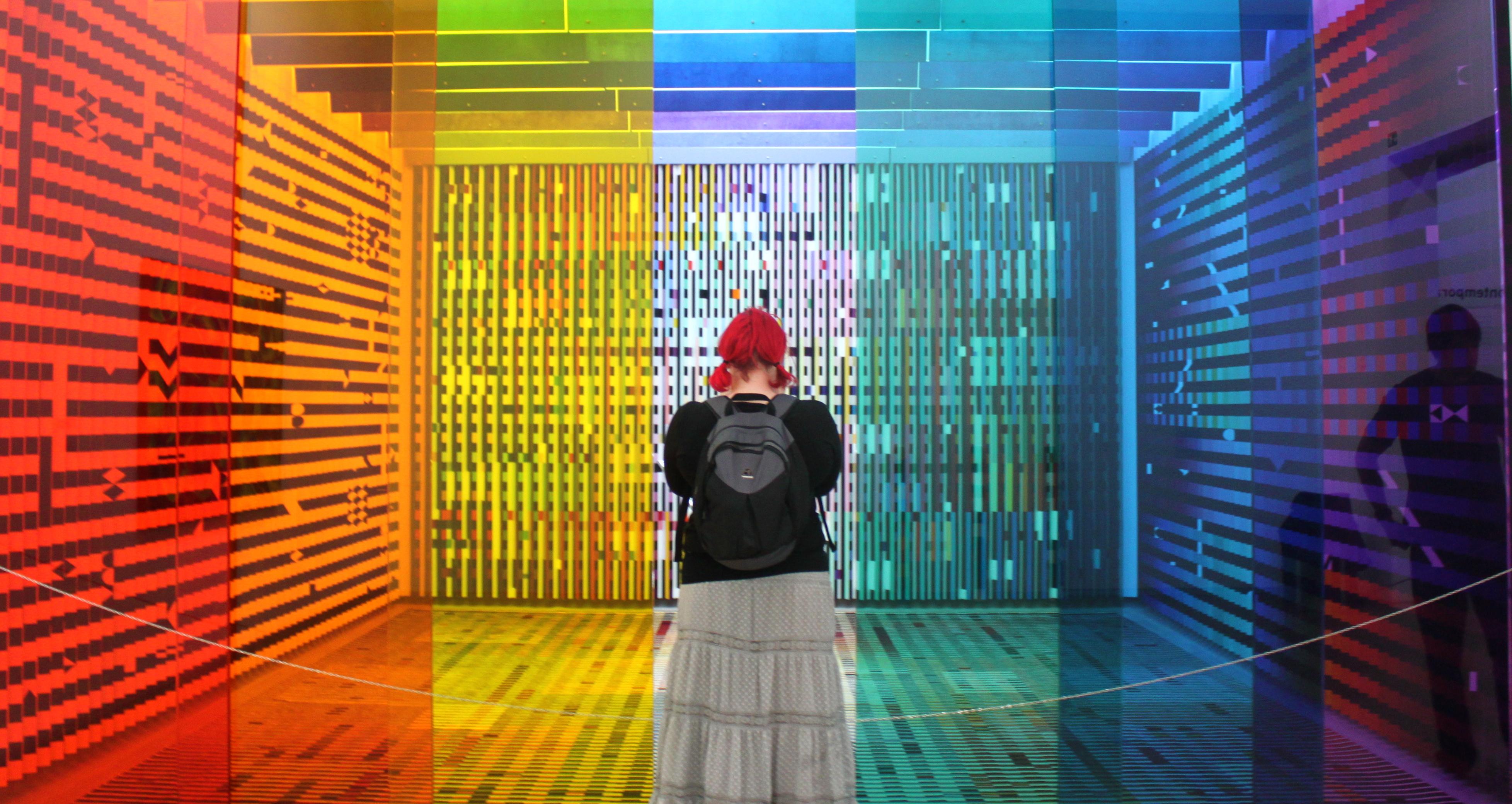 Art sketching a story for Art minimal pompidou